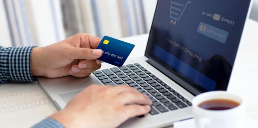 website khách sạn có Tính năng thanh toán online